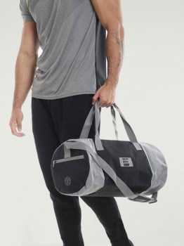 Golds Gym Contrast Barrel Gym Bag